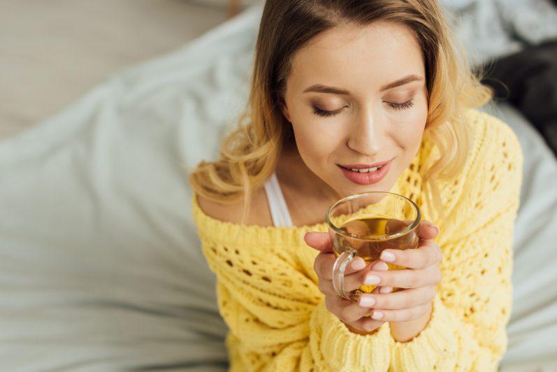 6 benefícios do chá de Marcela