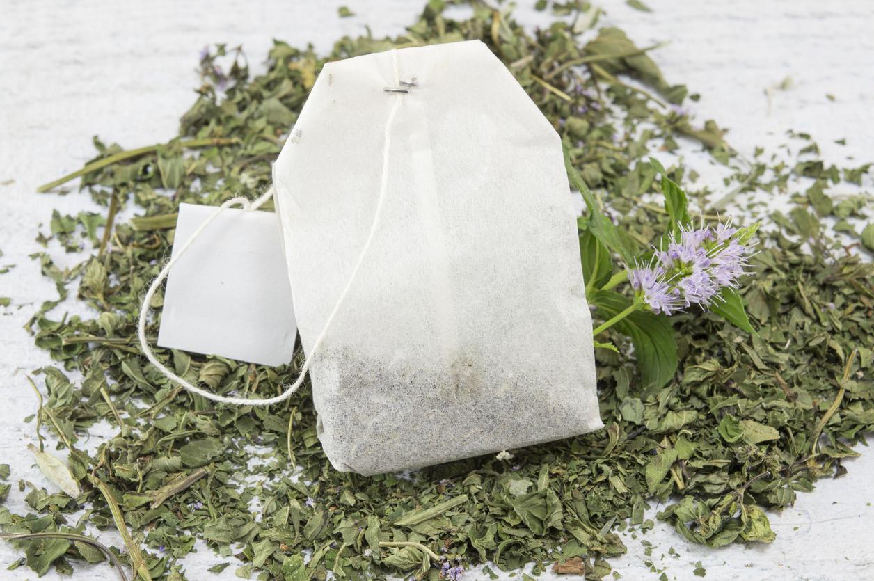 Práticos e deliciosos: saiba como são feitos os chás em sachê